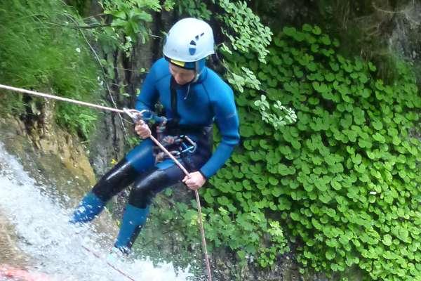 Canyoning et Aquarando