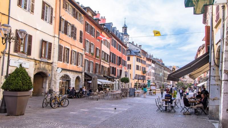place-saint-leger-chambery