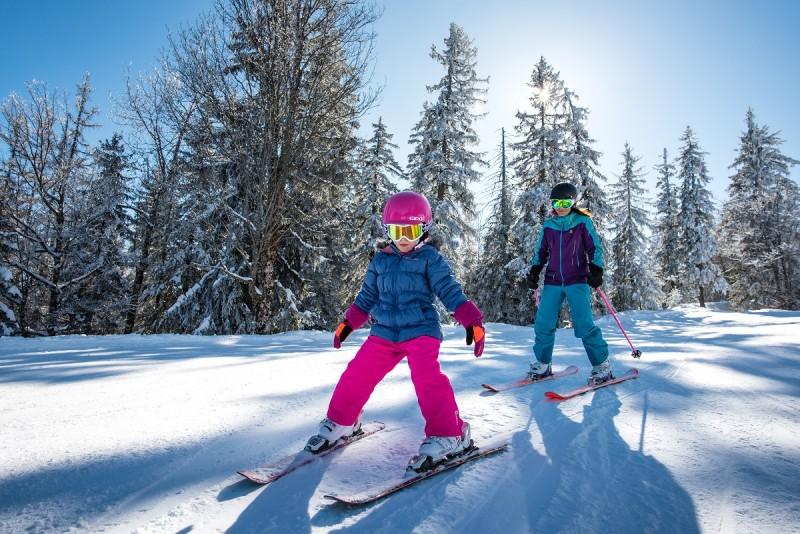 ski-alpin-famille-aillons-margeriaz-bauges