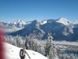 Pistes de ski du site de Margériaz et vue vers le Mont Blanc