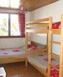 La chambre avec 4 couchages