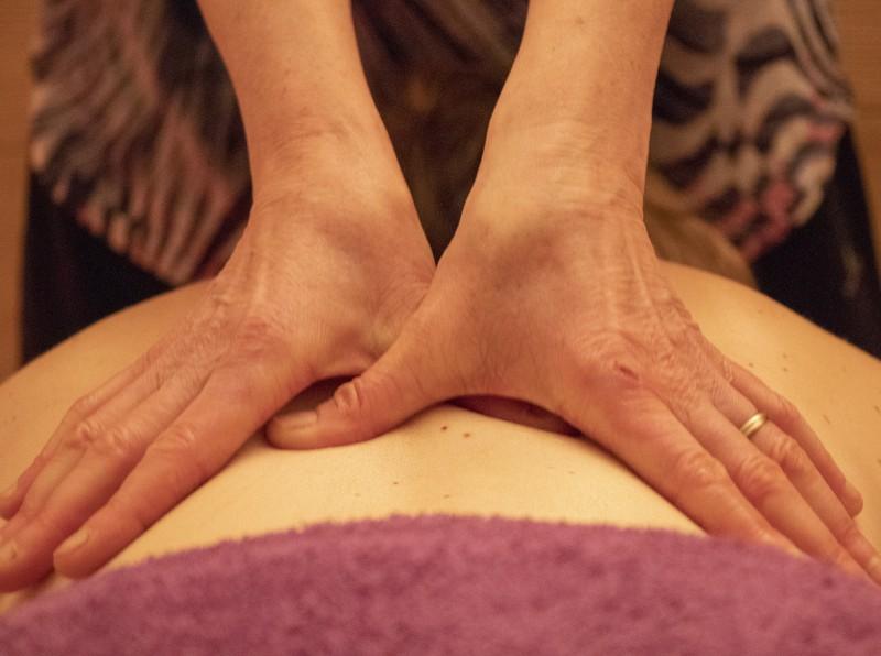Massage par Peau'z Douceur aux Aillons-Margériaz