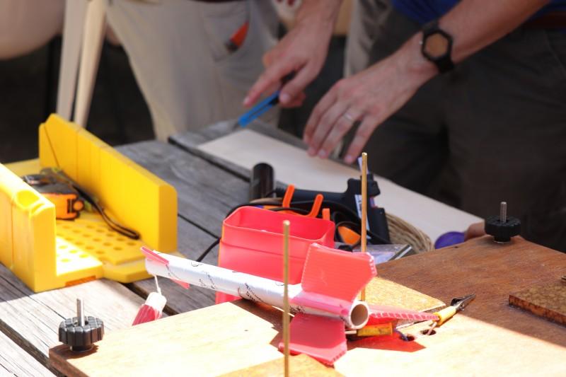atelier de création de micro-fusée